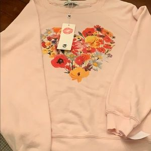 Tops - NWT WILDFOX  incredibly soft sweatshirt!